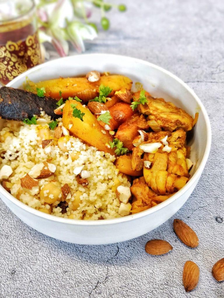 Sauté de poulet, carottes colorées et semoule à l'orientale